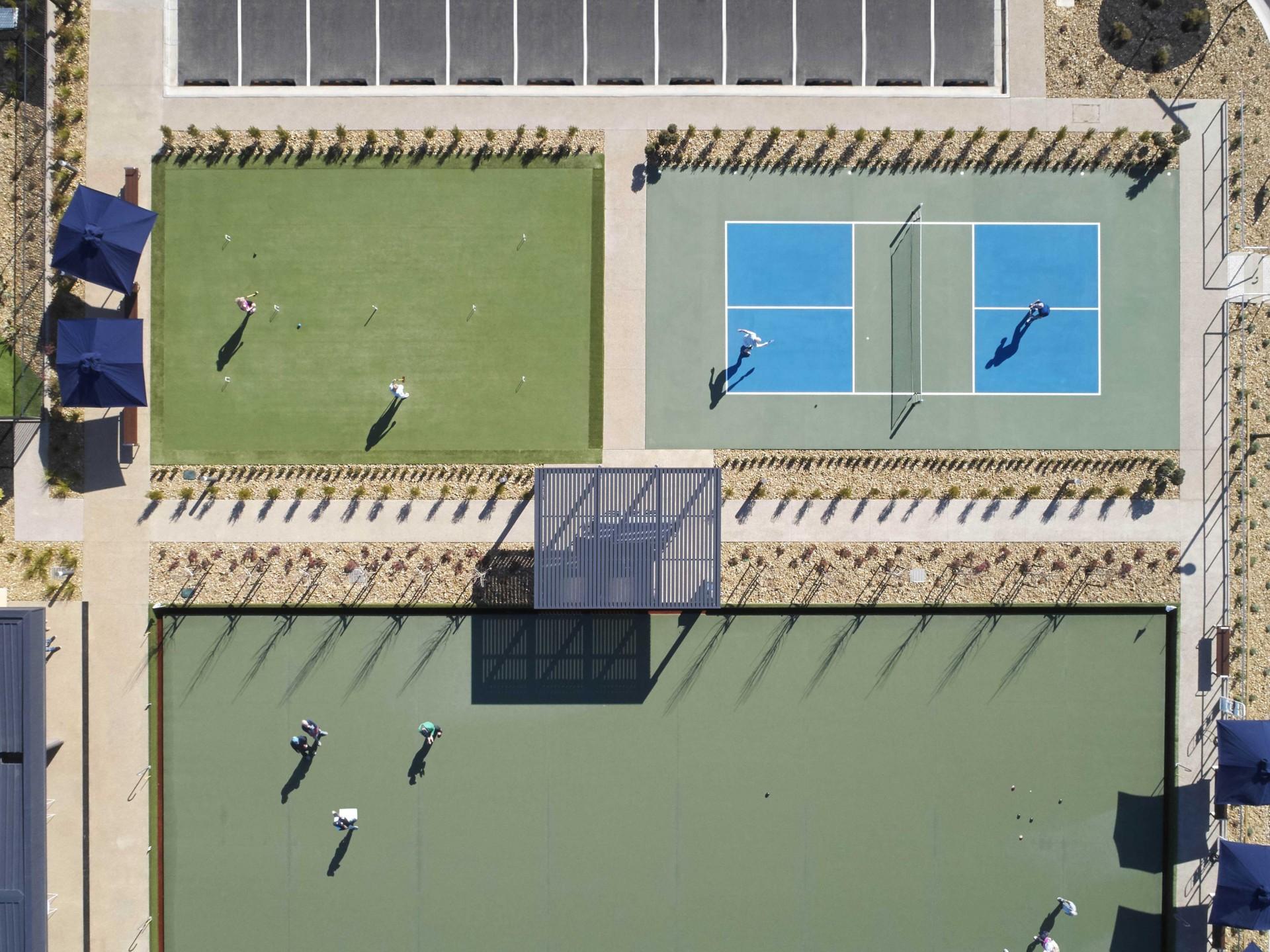 Lifestyle Ocean Grove Courts Birdseye